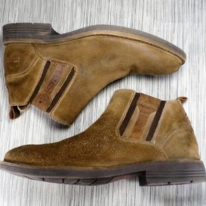 Kenneth Cole Reaction Suede Chelsea Ankle Boot 9.5
